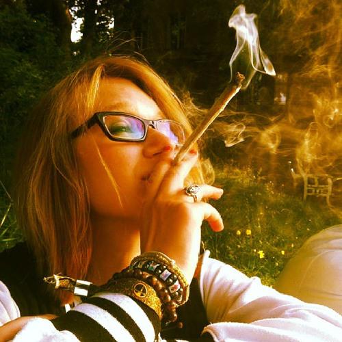 Dina's avatar