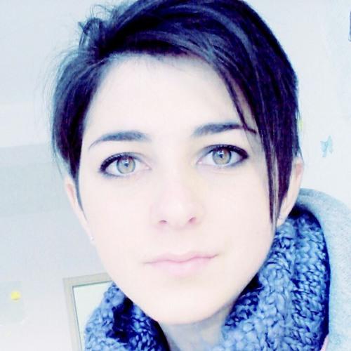 debiruna's avatar