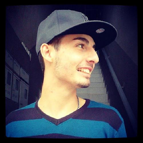 Lucas Chagas Suhett's avatar