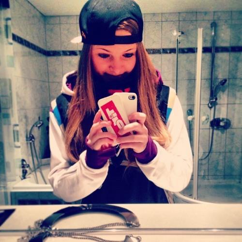 lisaa:*'s avatar
