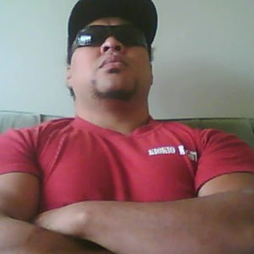 Tino Lavea's avatar