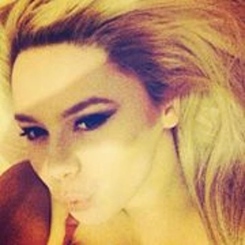 Laura Murphy 18's avatar