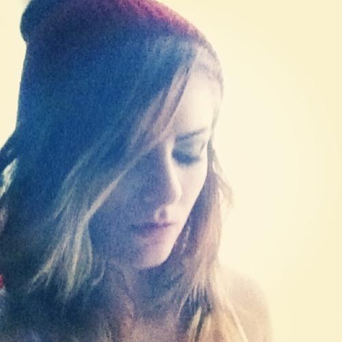 Kelsey Janelle's avatar