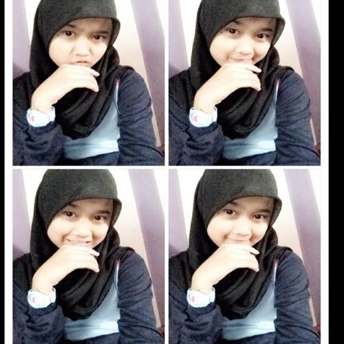 erni_khoiriyah's avatar