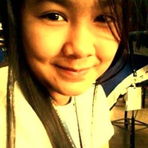 Alodie Dela Cruz Ü's avatar
