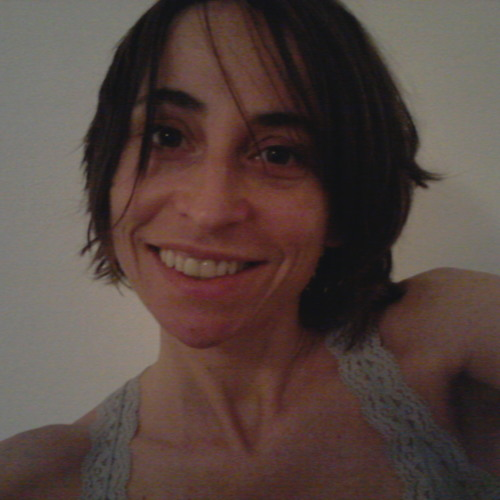 nanda esther's avatar