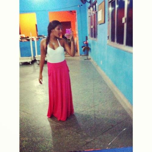 Leticia Caetano's avatar