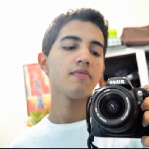 Davi Oman Sousa's avatar