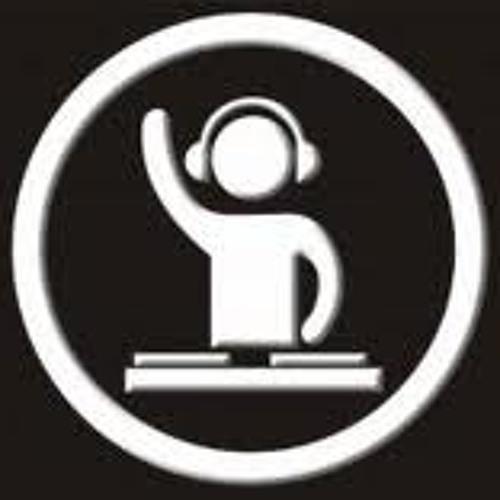 Tyler Martinez 7's avatar