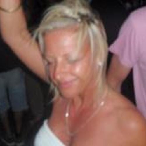 Paula Rose 2's avatar