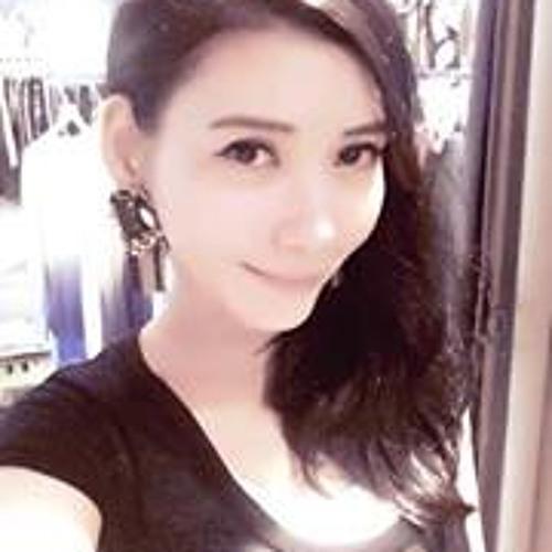 Selina Hsieh's avatar