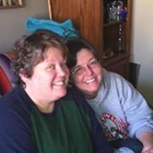 Julie Glenn 2's avatar