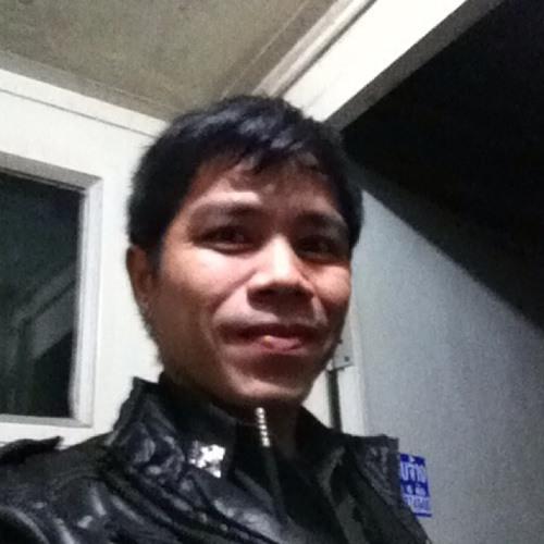 Intha Phetnapha's avatar
