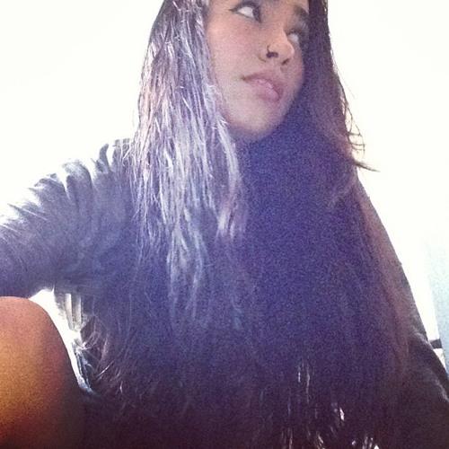 Fernanda Arcos's avatar