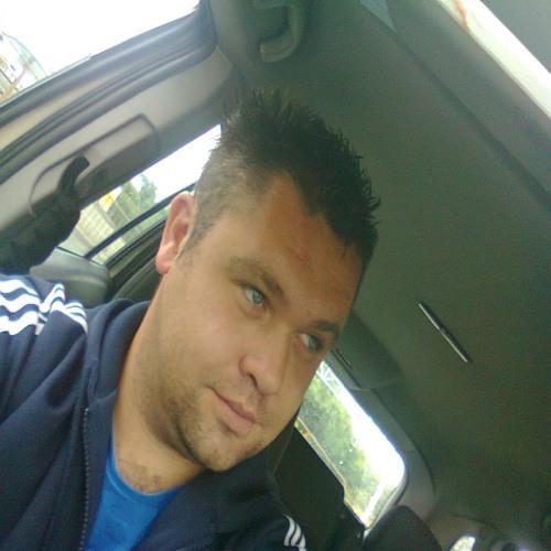 Charlie Buller's avatar