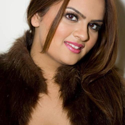 Veena Venkersammy's avatar