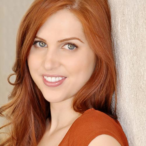 Caroline Sharp's avatar
