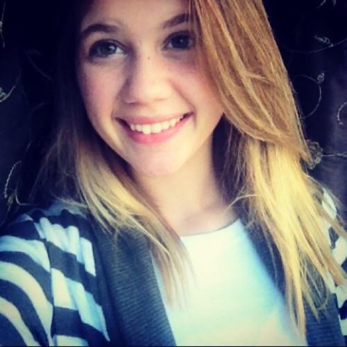 Darienne Bell's avatar