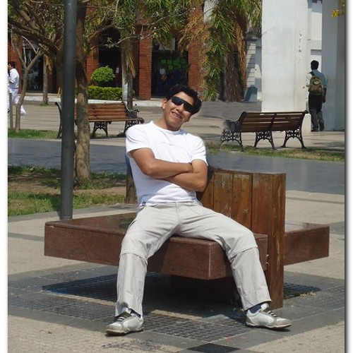 Jose Ronald Gorostiaga's avatar