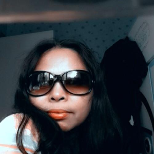 Pia Dimacali's avatar