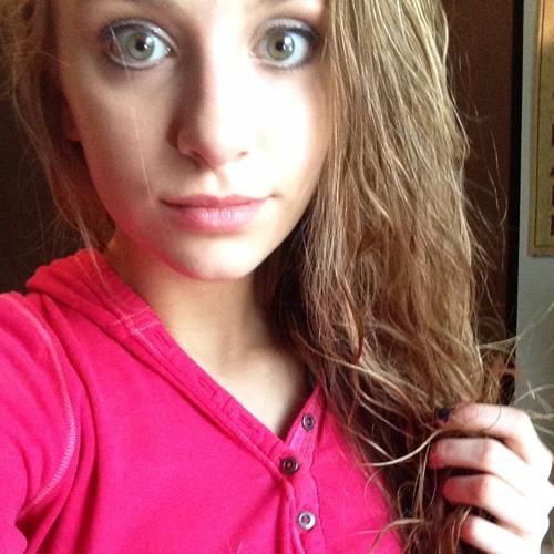 ariana_chovan's avatar