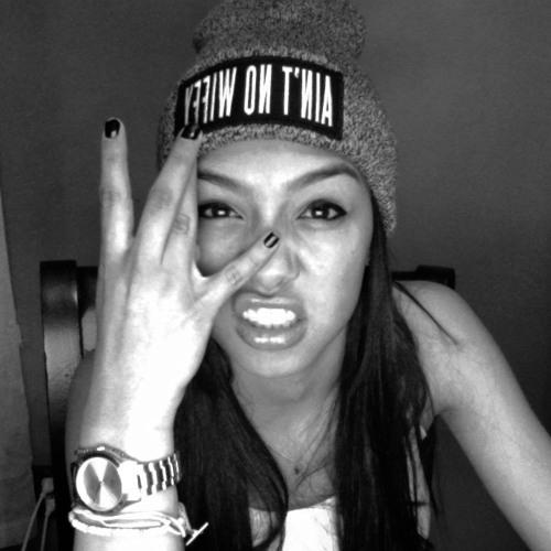 Tiana CV's avatar