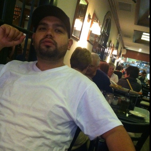 DJ Gamboa's avatar