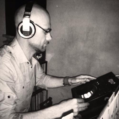 DJ SHISEI's avatar