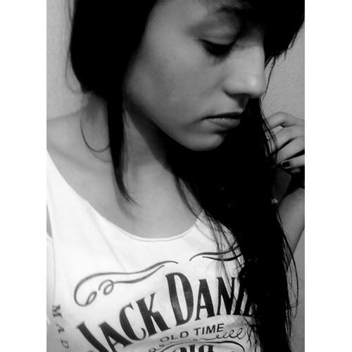 Luana Figuerôa's avatar