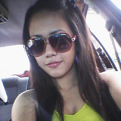 nunuiazira0104's avatar