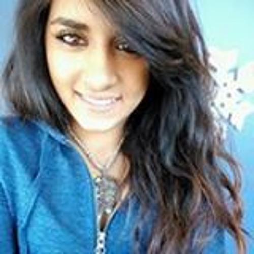 saniya ashiqali's avatar