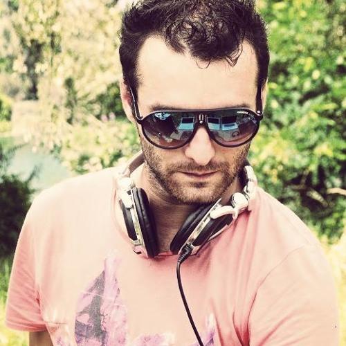 Alex Bamsy's avatar