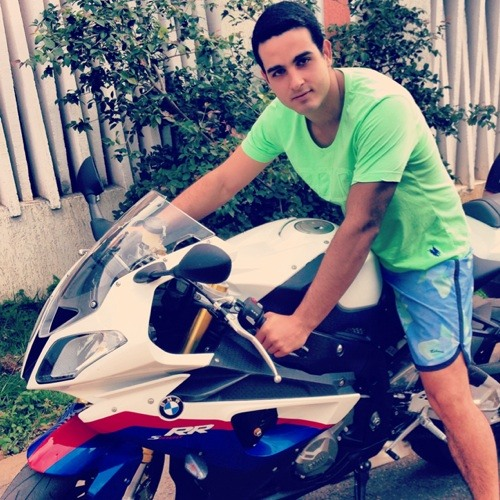 Lucas Bizinoto's avatar