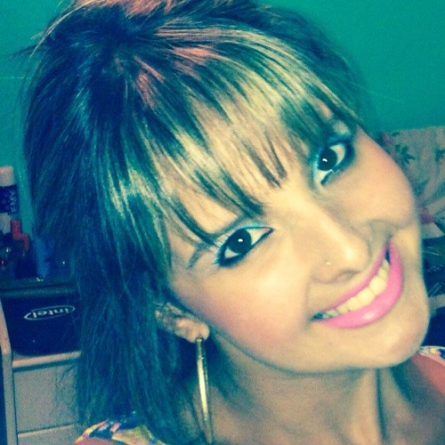 Anna Mouzinho's avatar