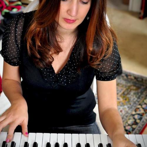 Lena Zenian's avatar