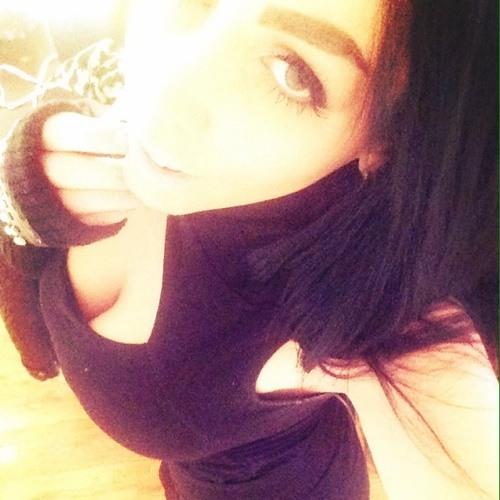 Danielle Francesca's avatar