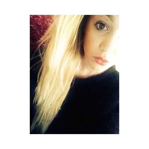 Abbie Lidgerton's avatar