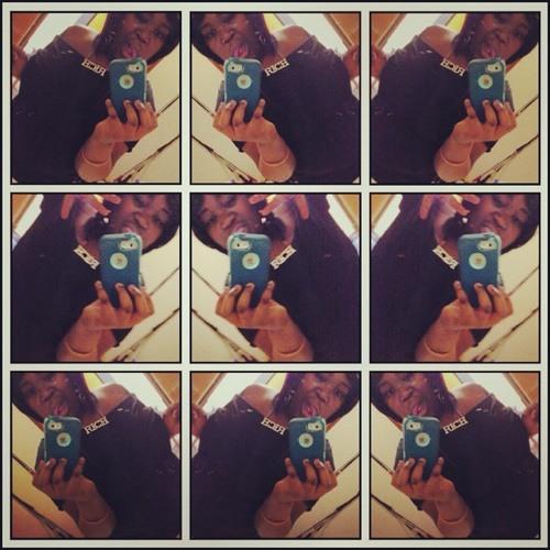Ladyy_Jayy's avatar