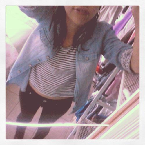 Daniela Lopez 79's avatar