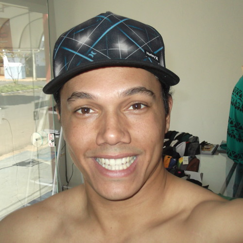 Alex sander's avatar
