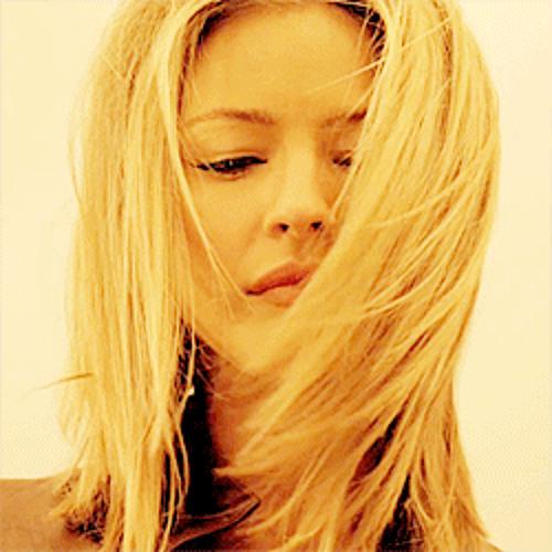Ester Adama's avatar