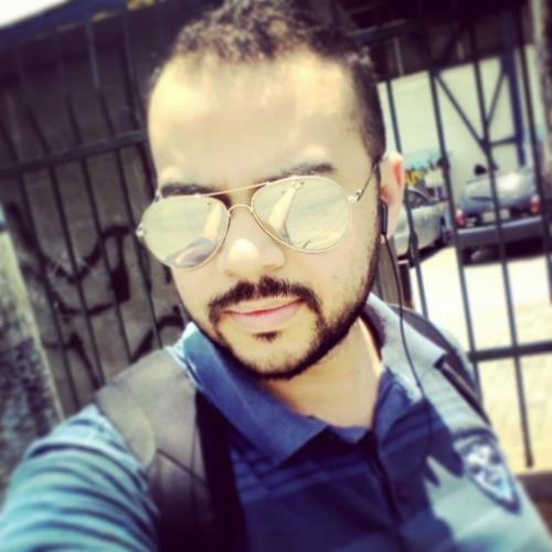 Alexandre Souza Borges's avatar