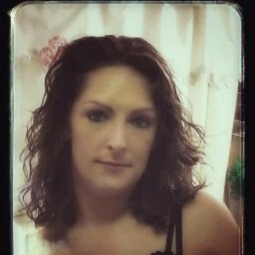 Beca Miller's avatar