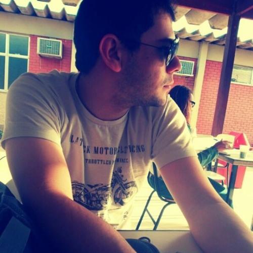 Igor L. Arantes's avatar