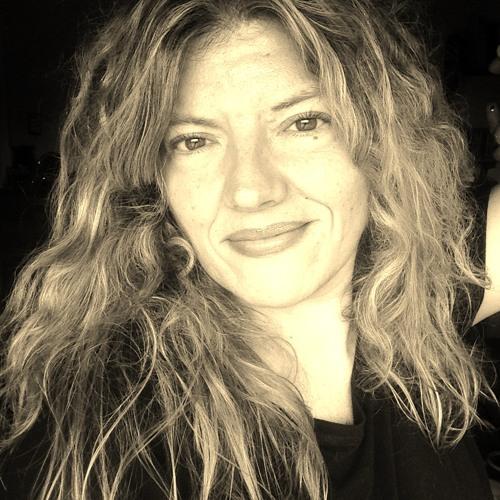 Yo Paola's avatar