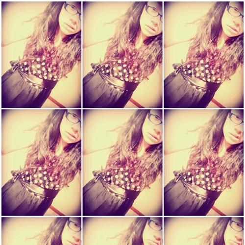 Tania Lopez 33's avatar