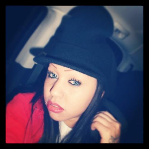 Elena106957's avatar