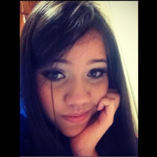 Amanda Marialva's avatar