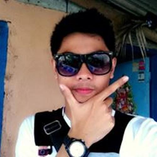 akosiMarlo's avatar