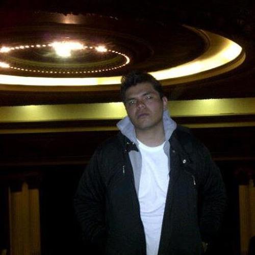 Roger Vega's avatar